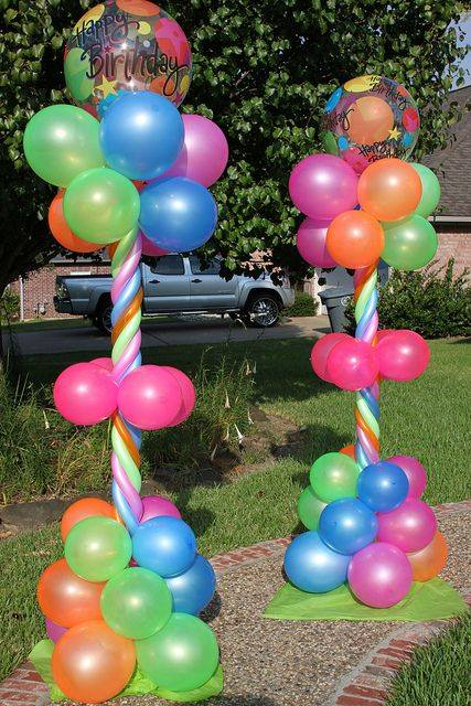 Decorating With Balloons6