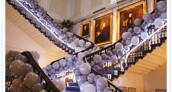 Decorating With Balloons