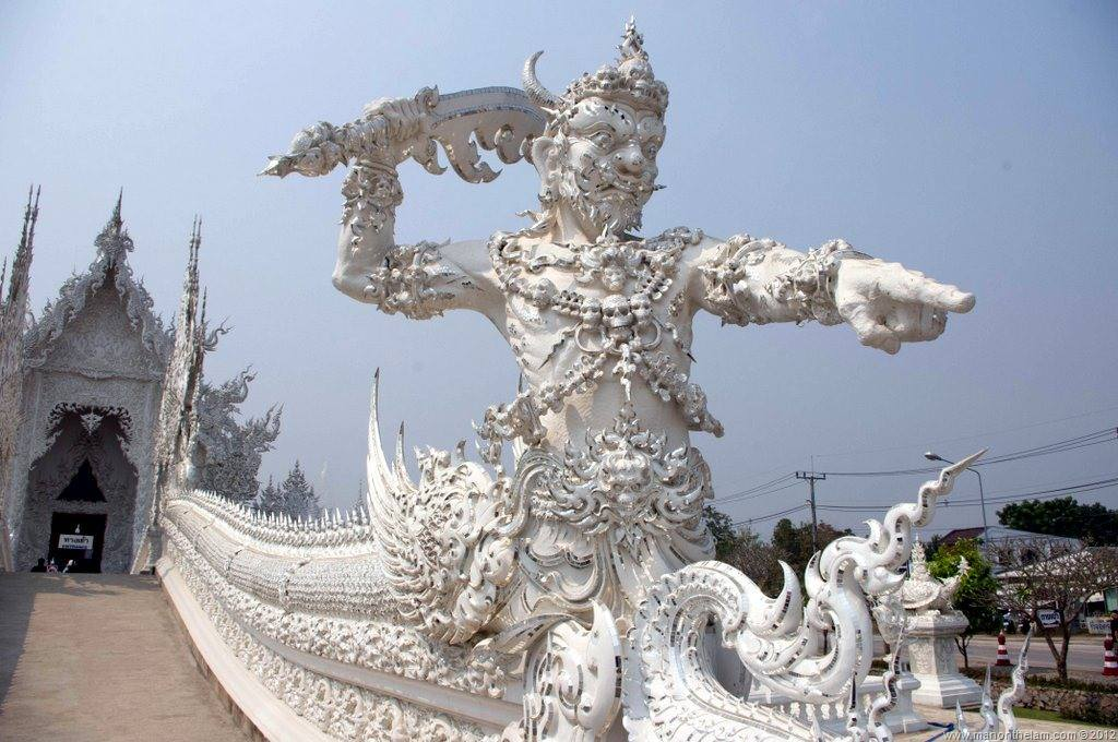 The White Temple, Wat Rong Khun, Thailand2