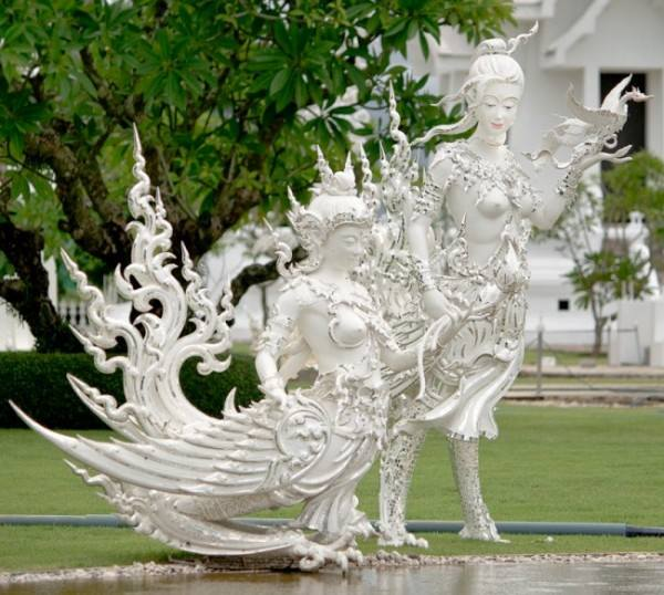 The White Temple, Wat Rong Khun, Thailand3