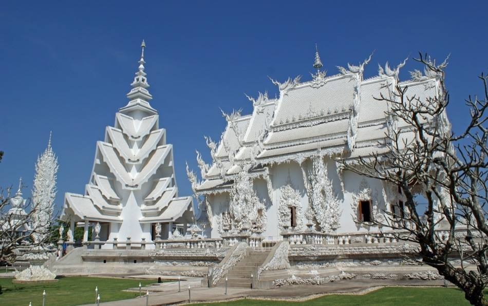 The White Temple, Wat Rong Khun, Thailand4