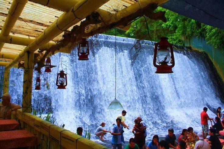 Waterfall Restaurant4