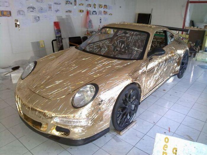 gold_porsche6