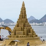 Amazing 12m Tall Sandcastle, Rio De Jeneiro