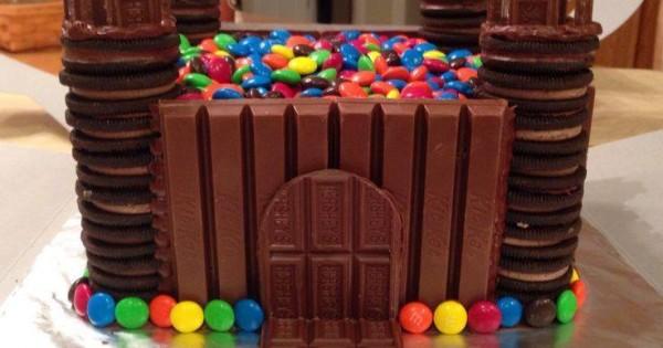 Chocolate Castle, mmm!