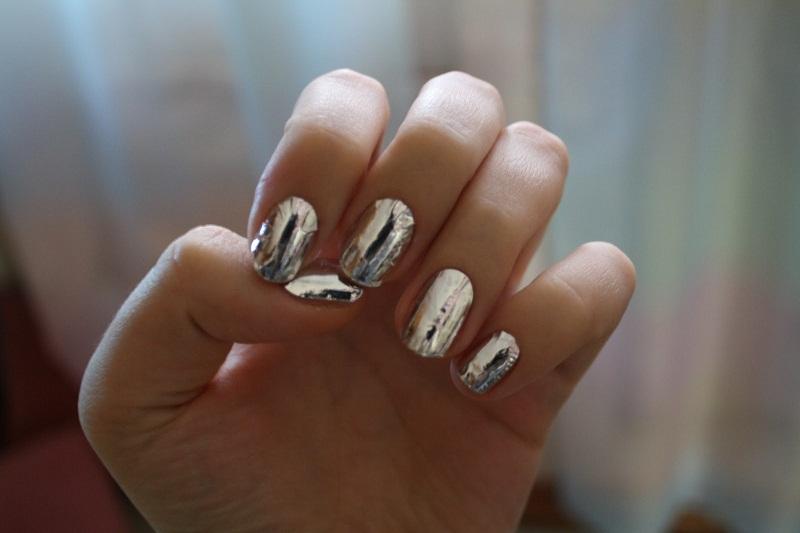 Metallic Nails3