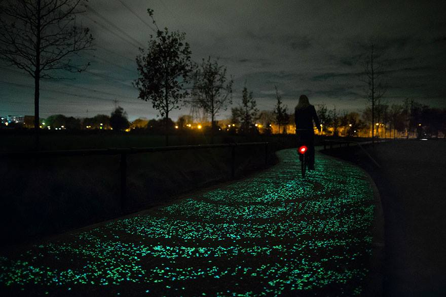 Solar-Powered Glowing Bicycle Path