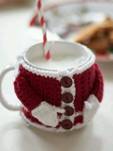 crochet christmas mugs
