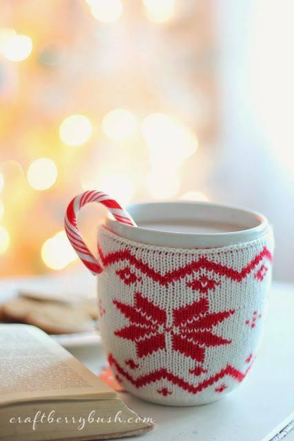 crochet christmas mugs4