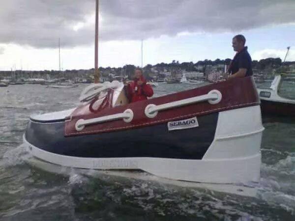 unique boat2