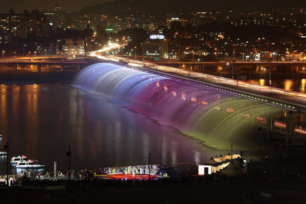 Girder Bridge in Seoul, South Korea2