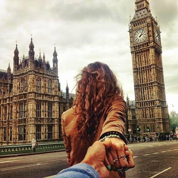 Photographer Follows His Girlfriend Around The World7