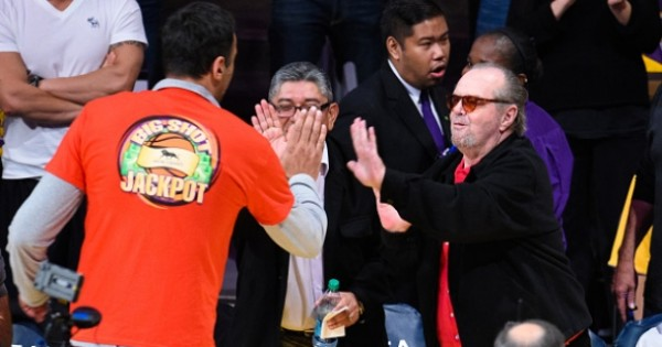 NBA: Vlade Divac Nails Half-Court Shot To Win $90,000 For Charity
