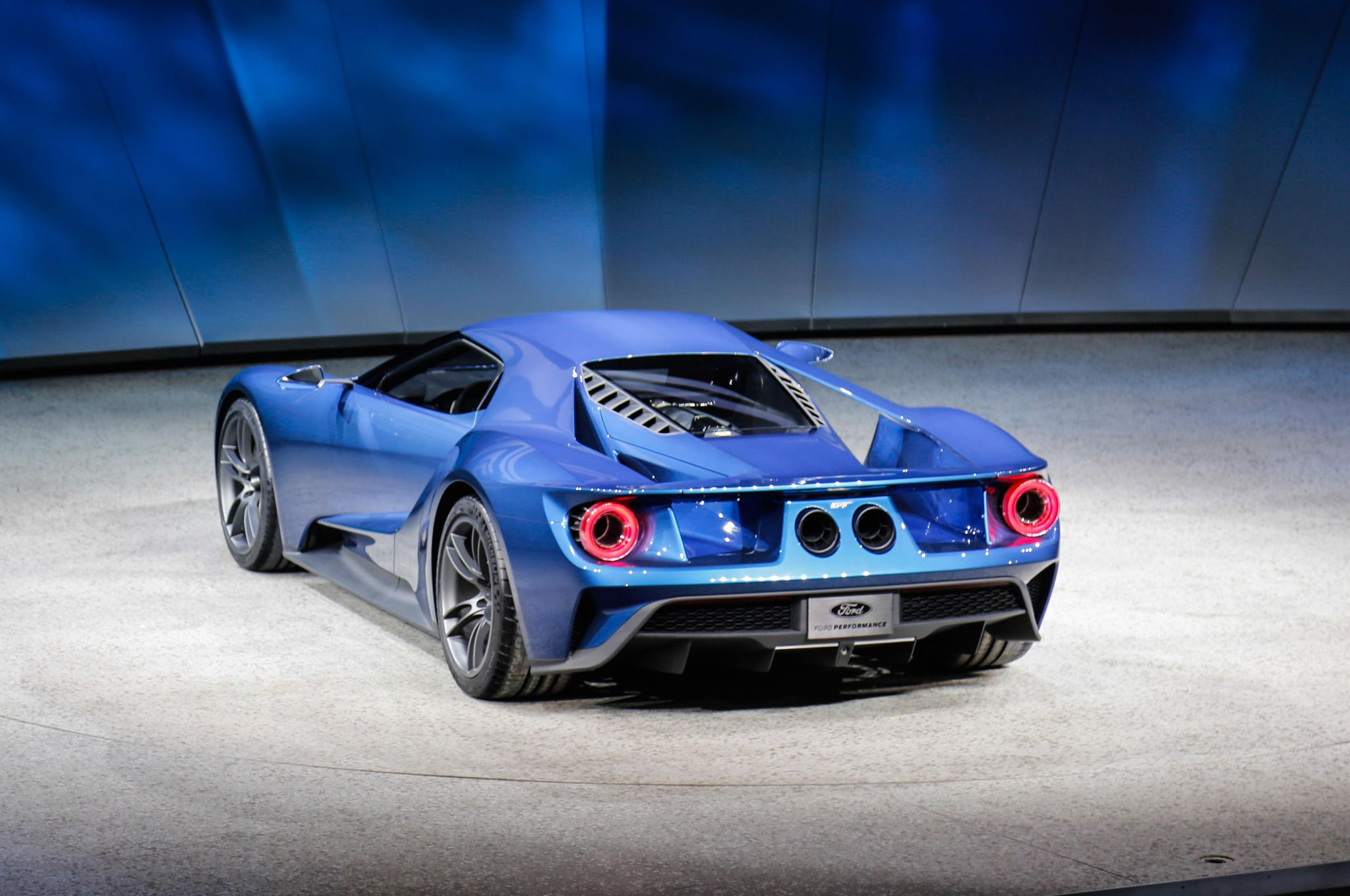 Ford GT Revealed in Detroit3