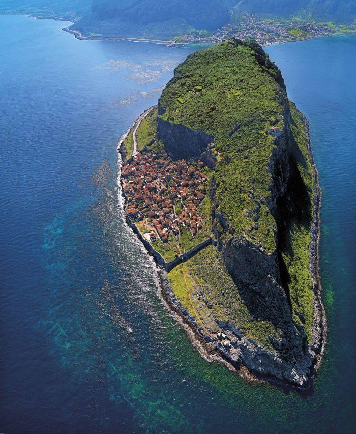 Monemvasia, Hidden Town In Greece6