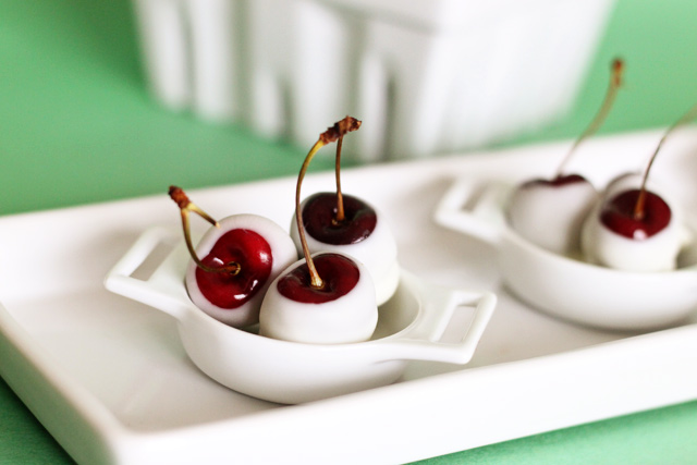 cherry dipped in white chocolate2