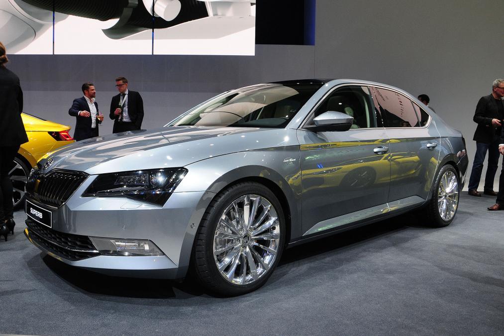 Geneva Motor Show 2015 skoda superb