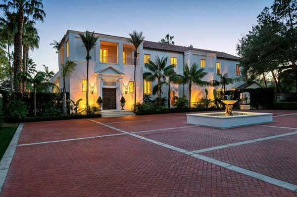 Scarface Mansion is up for sale11