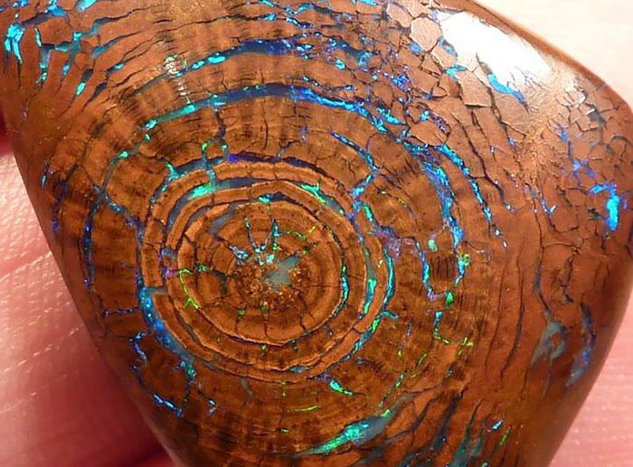 stones and minerals looks so pretty7