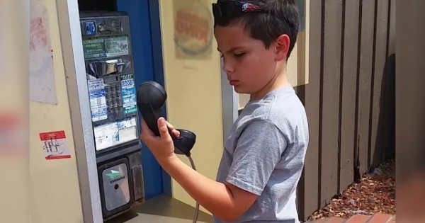 Boy's First Time Ever Seeing A Pay Phone