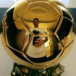 Lionel Messi Takes Ultimate Ballon d'Or Selfie On Return Home